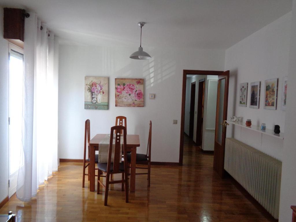 Apartamento Avenida Navarra Espanha Logroo  Bookingcom