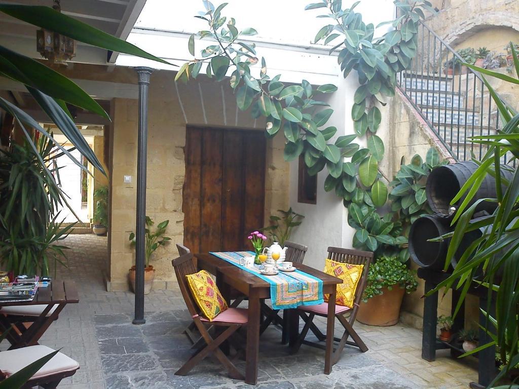 Best Deals for Apartment AptEl Patio Andaluz Jerez de la