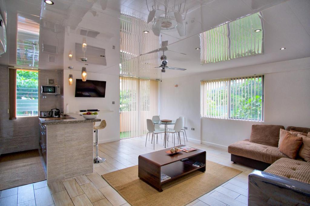 Modern Eshae Living Apartment Ocho Rios Jamaica  Bookingcom