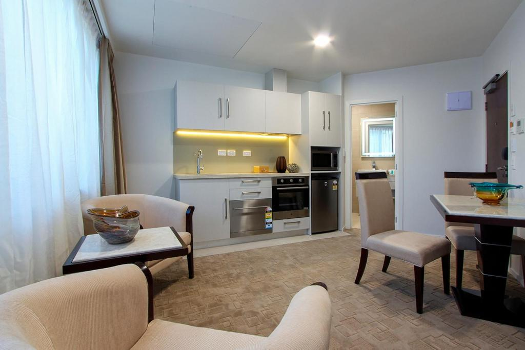 hotel with kitchen hong kong commercial cleaning vr queen street & suitesvr皇后街套房酒店预订_vr ...