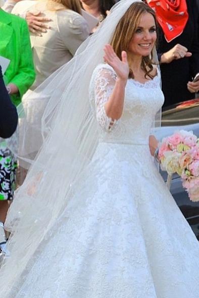 Kate Middleton Wedding Gown | deweddingjpg.com