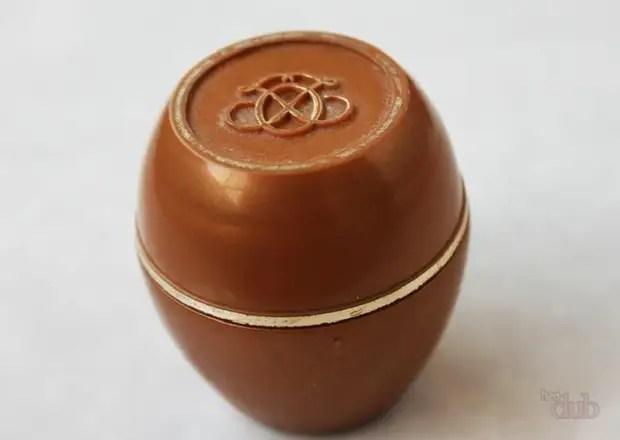 Aqui está um jarro de debaixo do creme melhor adequado para a fabricação de uma cesta de argila de polímero