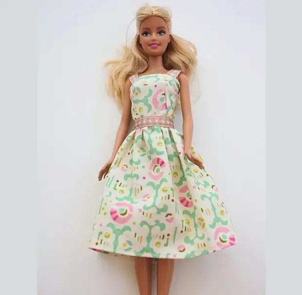 Как сшить платье кукле: схемы, советы, пошаговые рекомендации