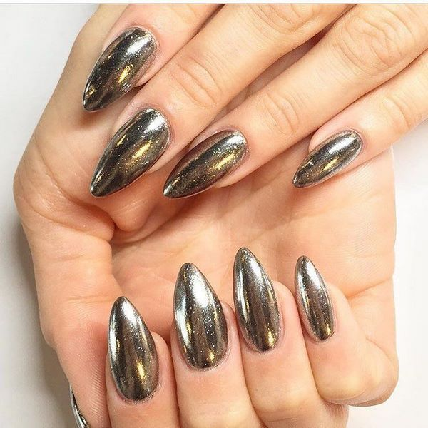 Chrompulver-Nägel Metallic-Nailart