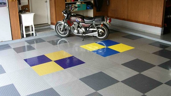 peel-and-stick-vinyl-garage-floor-tiles