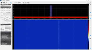 Спутник V3U4-Q20-MA направлен от дома перпендикулярно плоскости стены