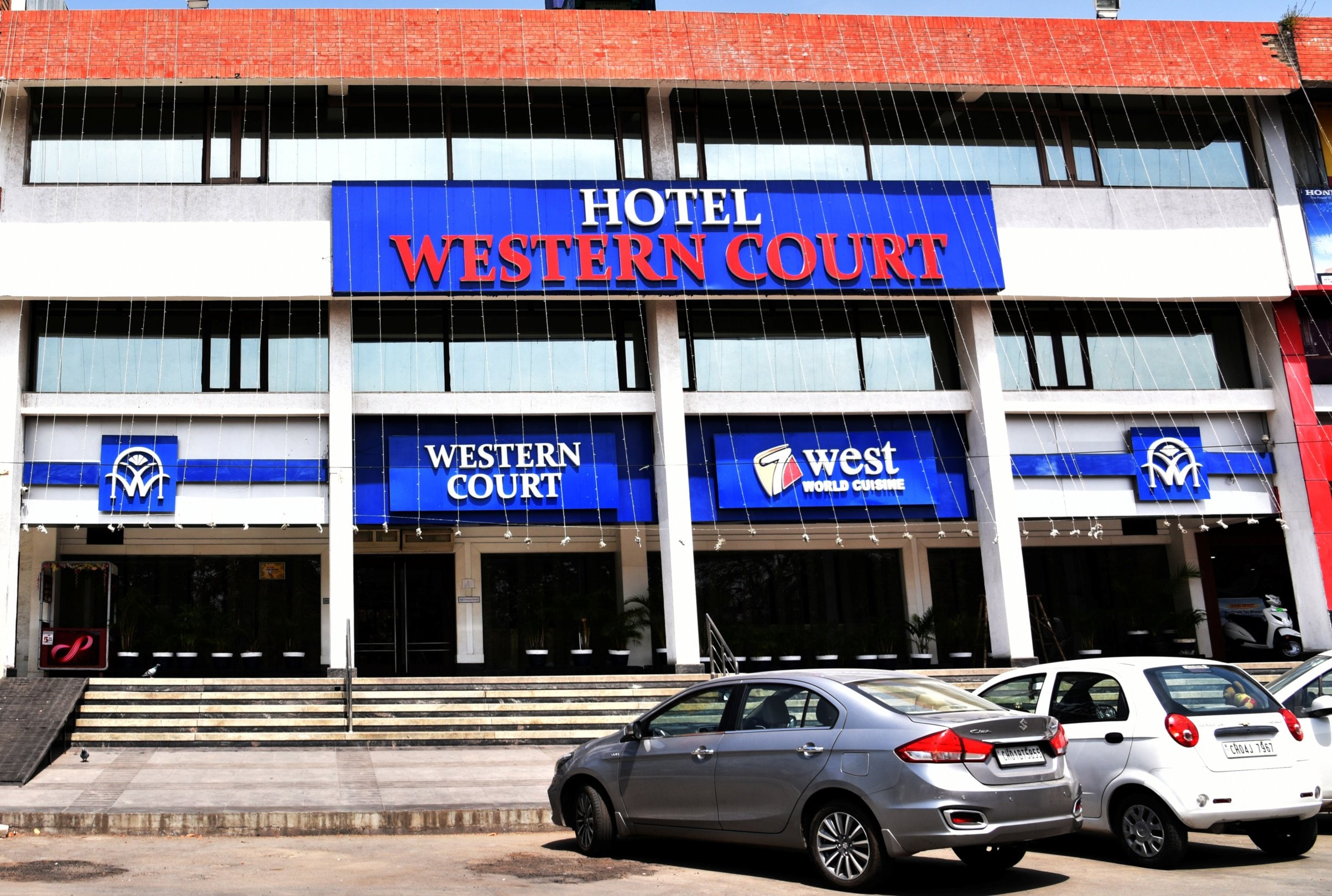 Hotels Near Isbt Chandigarh Book From 196 Hotels