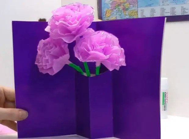 Bình hoa màu Bưu thiếp