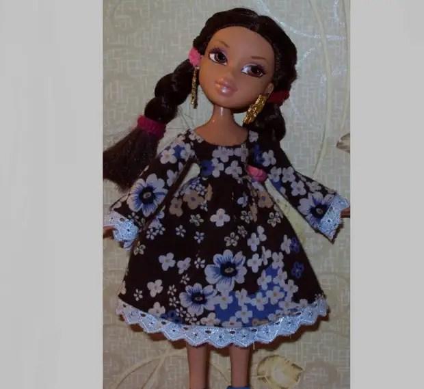 Еще одна модель платья для куклы братс
