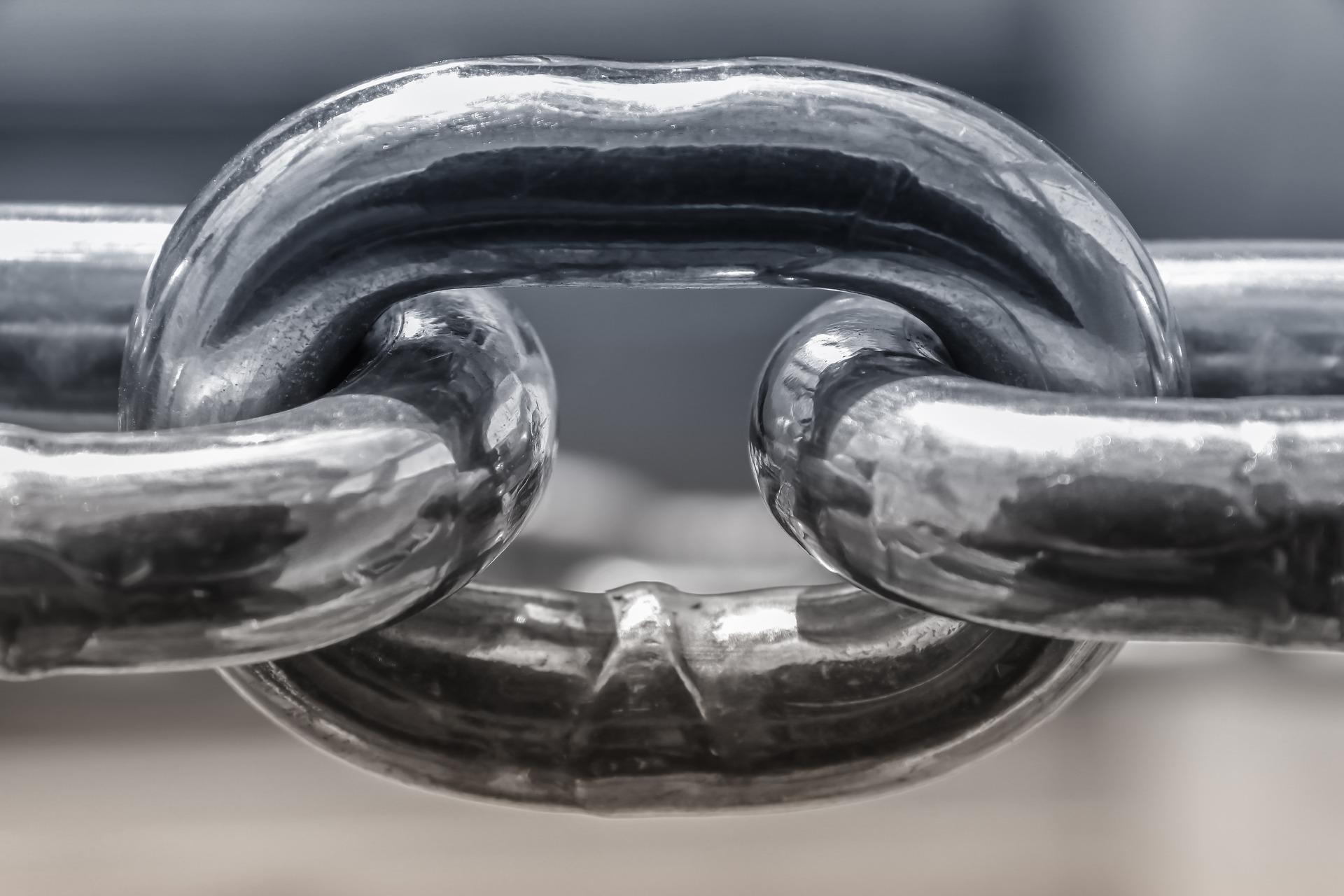 The Unending Chain of Torah