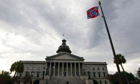 http://www.southernpoliticalreport.com/wp-content/uploads/2015/06/Confederate-flag-South-Ca-007.jpg