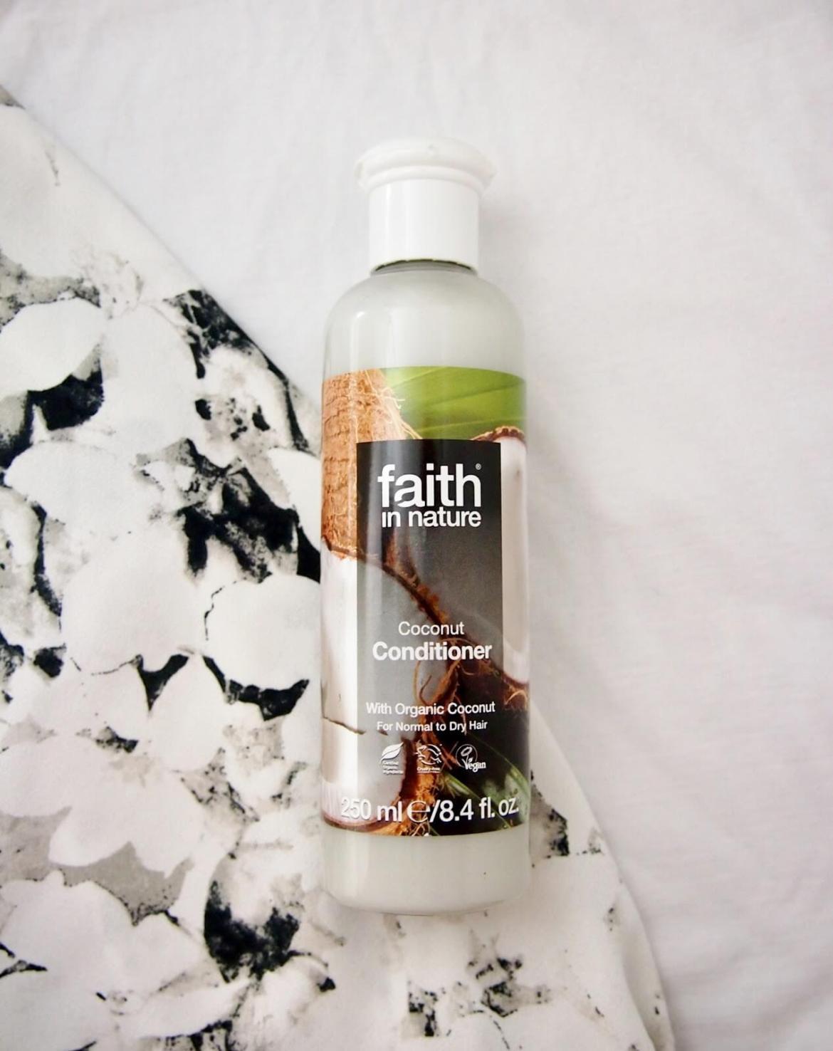 Faith in Nature hoitoaine