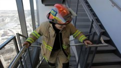 calgary-icons-firefighter-stairs