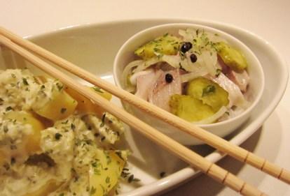Schienesischer Kartoffelsalat und Matjes
