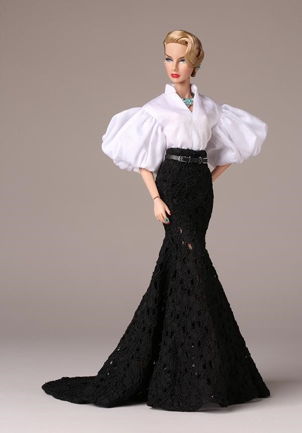 Fashion Royalty Inside The Fashion Doll Studio