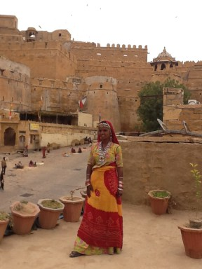 Rajasthani girl life drawing session in Jaisalmer