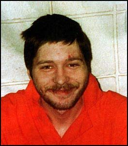 Human Monsters: Jerry Heidler, The Santa Claus Killer – R A
