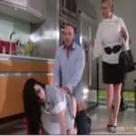 Image Patrão é pego no flagra fudendo a empregada