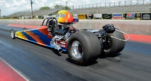 Electronics winner Dennis Smith squats the tires on a pass. Photo by JM Hallas