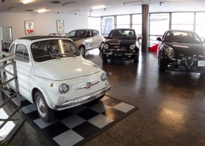 vintage-fiat-abarth-parking-pad