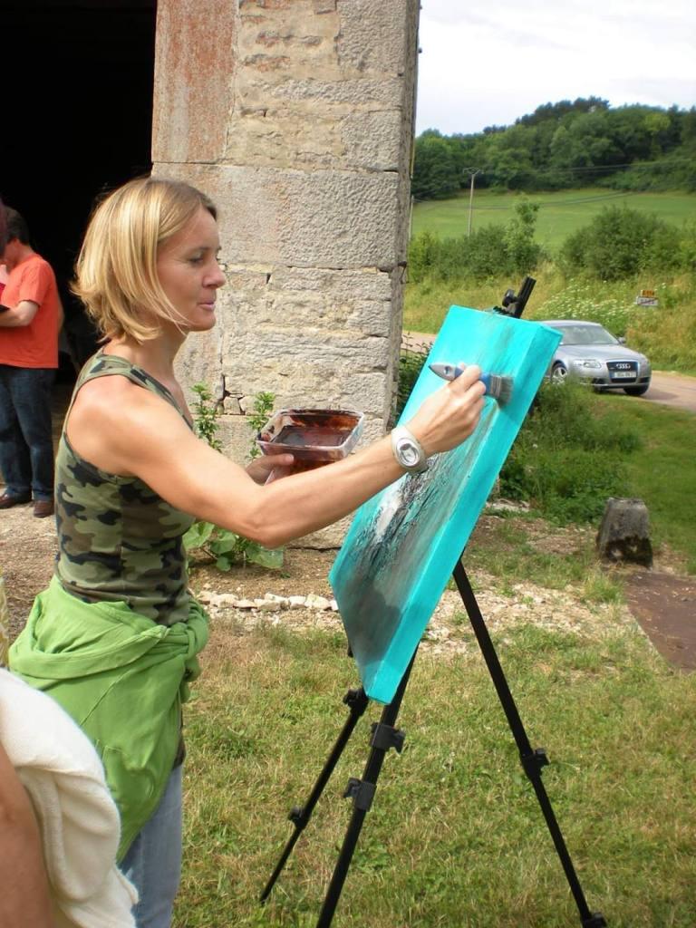 Art abstrait, acrylique sur toile. Journée peinture dans le village de Drée