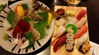 Sashimi and sushi at nomihoudai