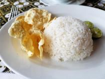 rice-and-crackers-for-oxtail-soup