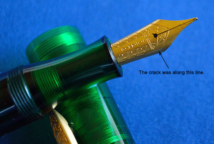 An example of where Jim's Etruria nib cracked.