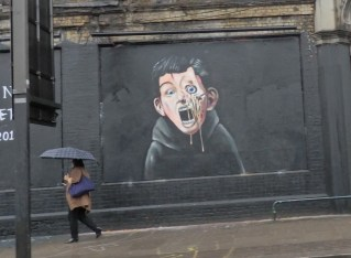 Shoreditch Street Art: Just Passing Through!