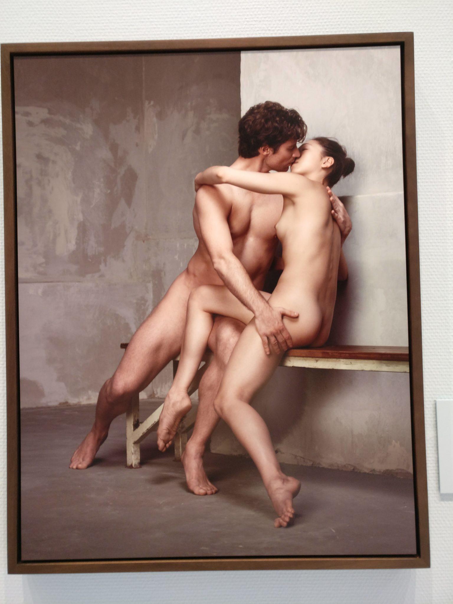 Erwin Olaf, After Rodin IX, The Kiss, 2016