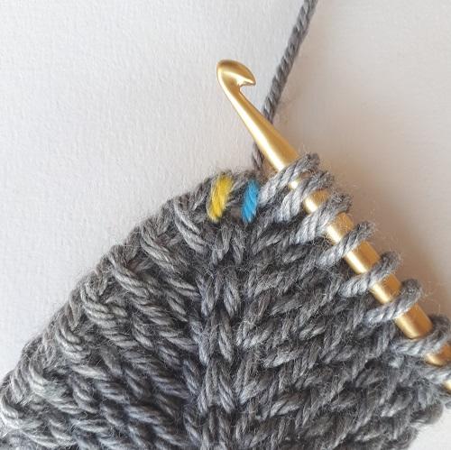 Double augmentation au crochet tunisien - le point tunisien tricot