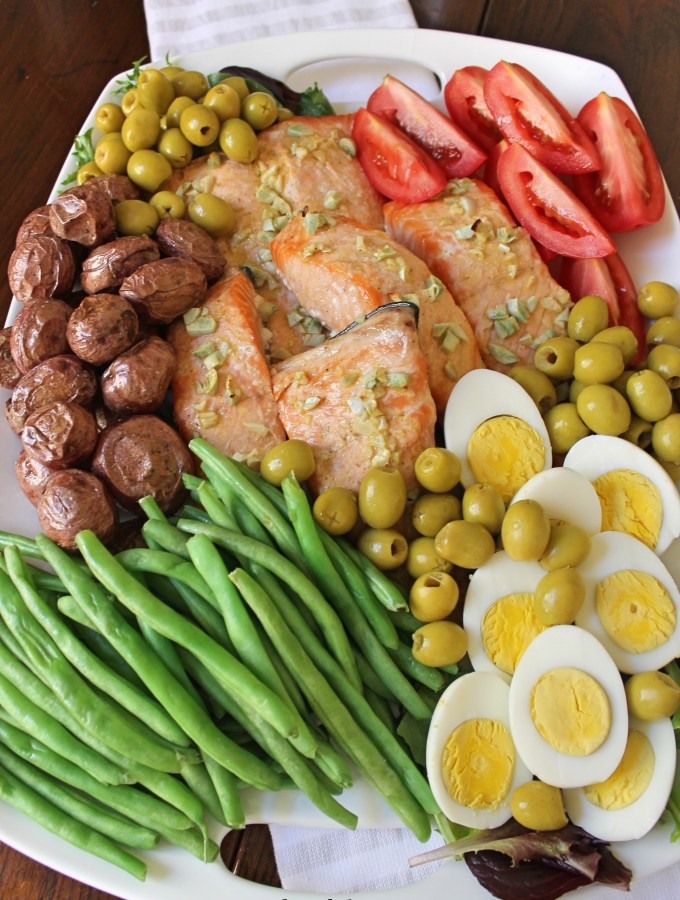 Easy and Classic Salmon Nicoise Platter