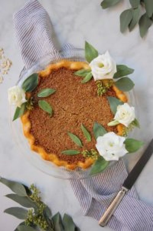 Oats and Honey Granola Pie
