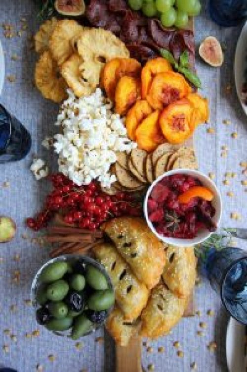 The Ultimate Thanksgiving Snack Board