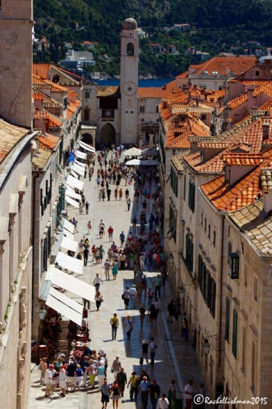 The street leading to Dubrovnik's main square is always bustling