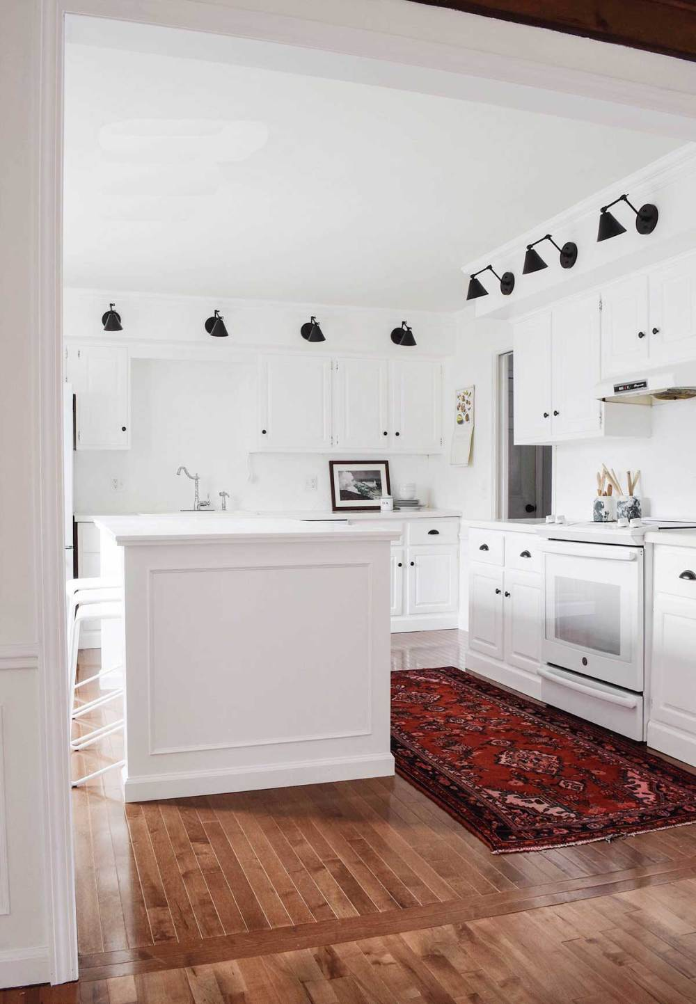 medium resolution of  a former eat in kitchen combo to a regular rounded out full kitchen 2 the big and adequate trash center and 3 the microwave is not on the counter
