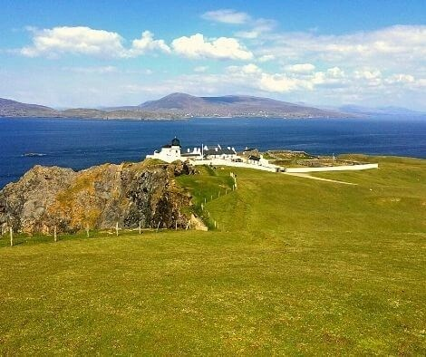 Hiking on Clare Island - top 10 trail routes hiking and trail running in Ireland