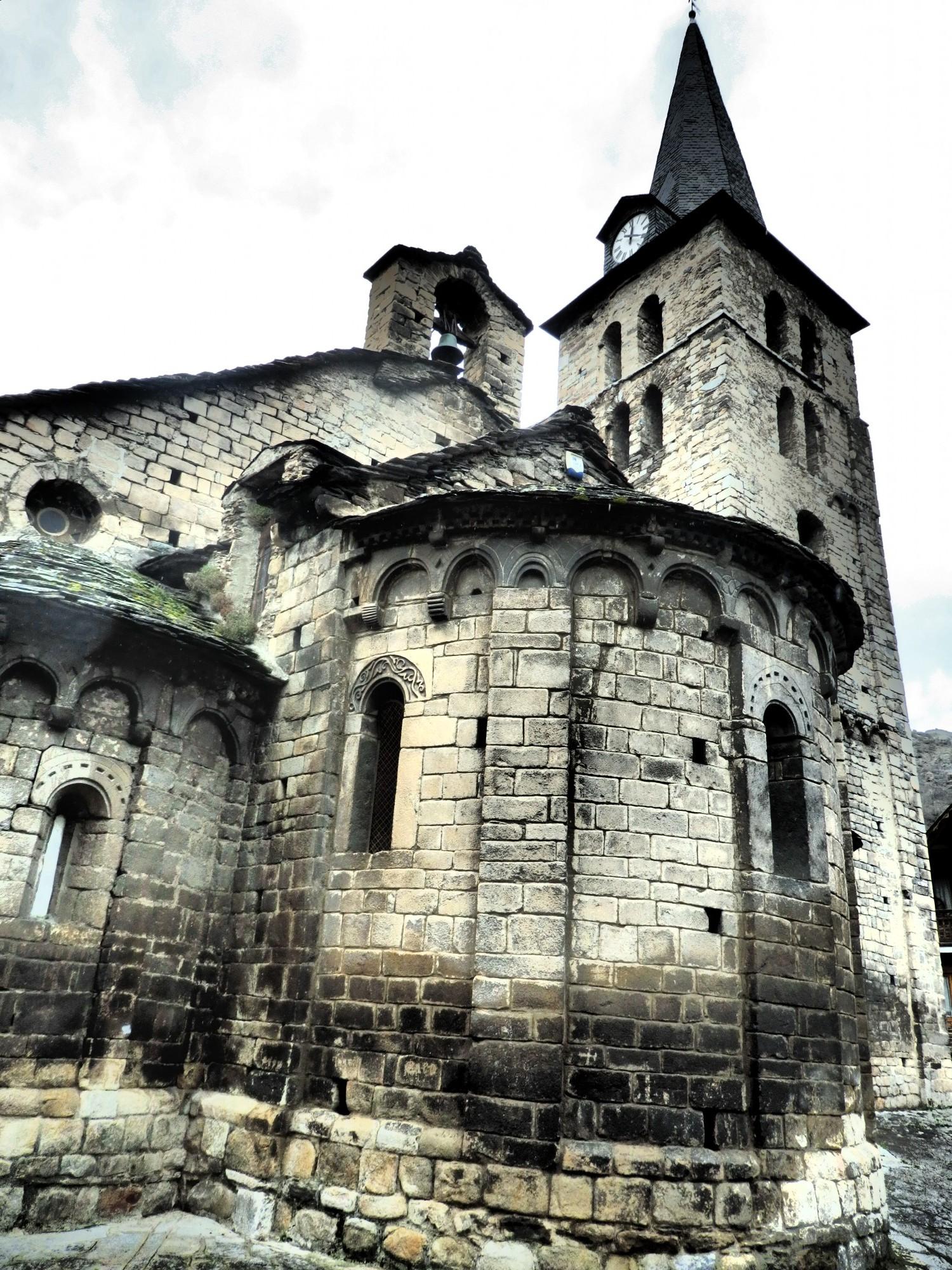 The 11th-12th century Santa Maria de Bossòst church in the Val D'Aran, Spain (Rachel's Ruminations)