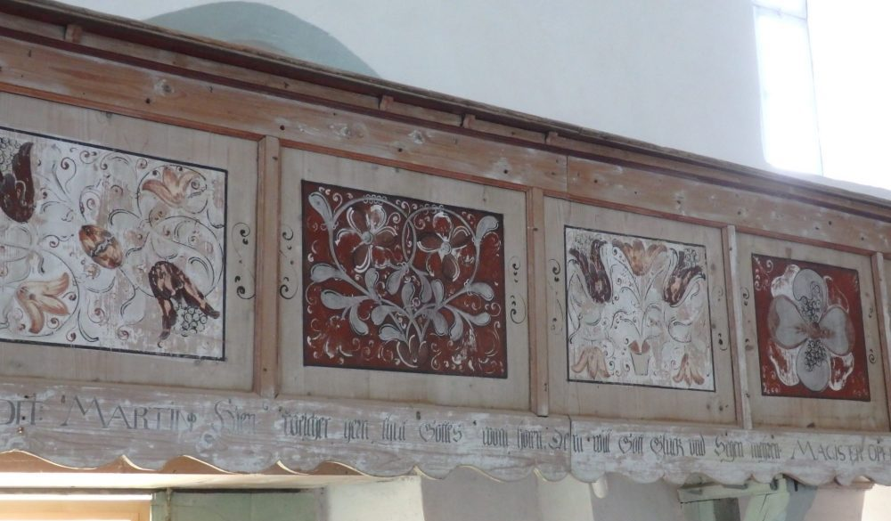 an example of the painted decoration inside Bunesti fortified church