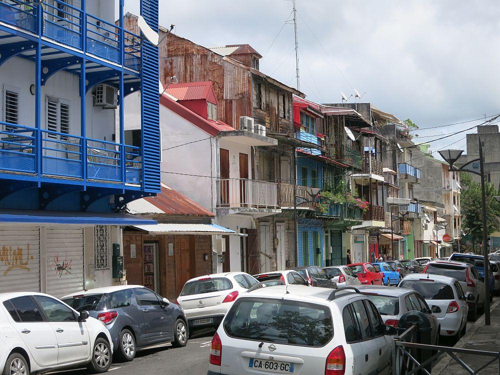 a street scene in Pointe-à-Pitre