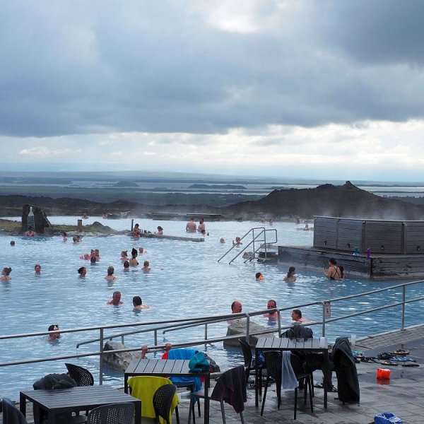 Best hot springs in Iceland and how to choose