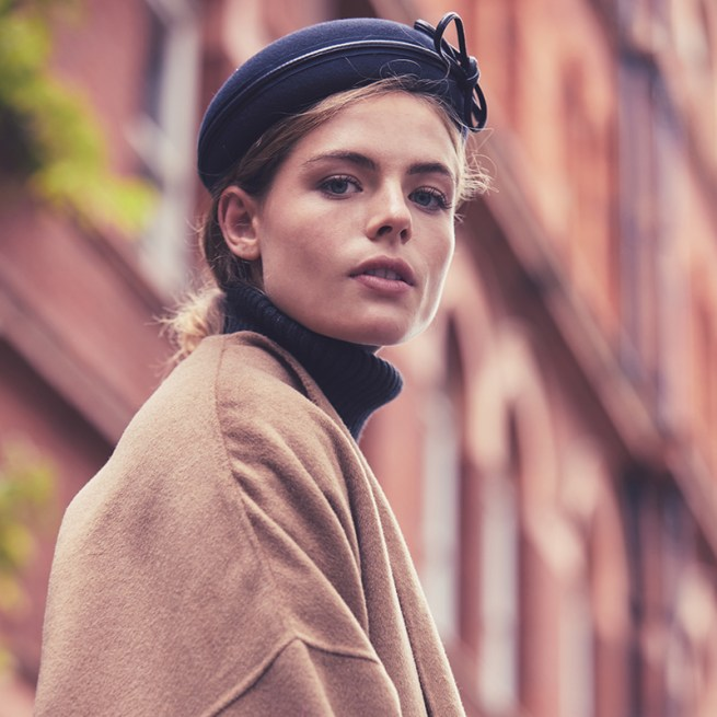 Navy blocked button beret with stitched leather