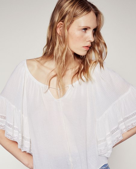 blouse broderie zara