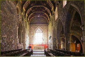 Iona abbey2