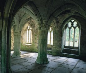 Valle crucis abbey chapter house