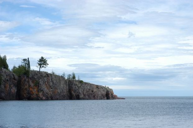 The north shore. Lake Superior. [Clean.]