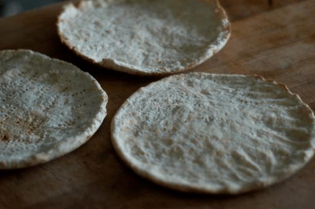 Thin and crispy grain-free pizza crust recipe (gluten-free, grain-free, egg-free)