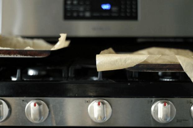 gluten-free, grain-free cracker recipes| Clean. www.lusaorganics.typepad.com