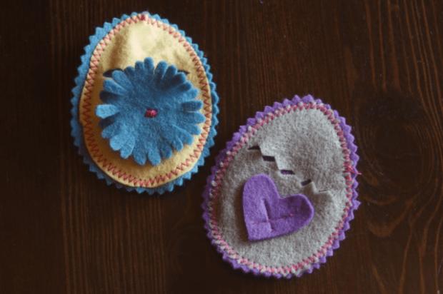 DIY Felt Easter Egg tutorial : : Clean : : www.lusaorganics.typepad.com