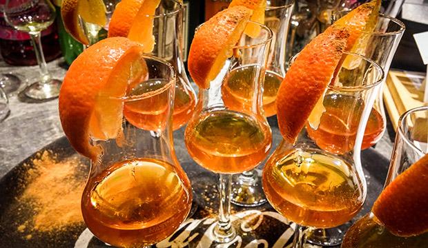 Essen Trinken und Feiern in der RachKuchl am Vomperberg